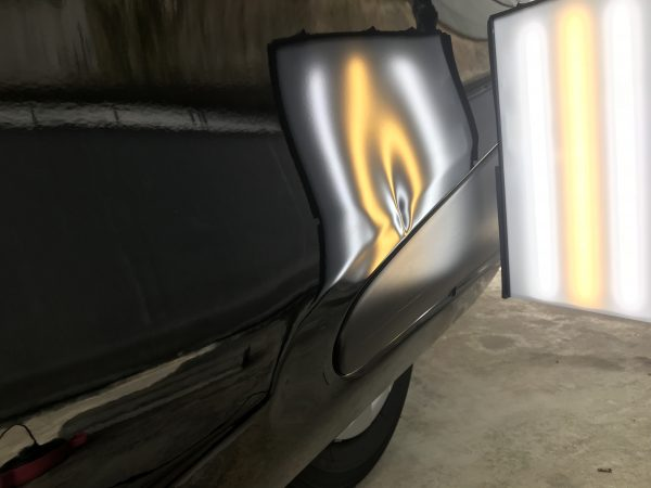 トヨタ シエンタ スライドドアの大きな凹み