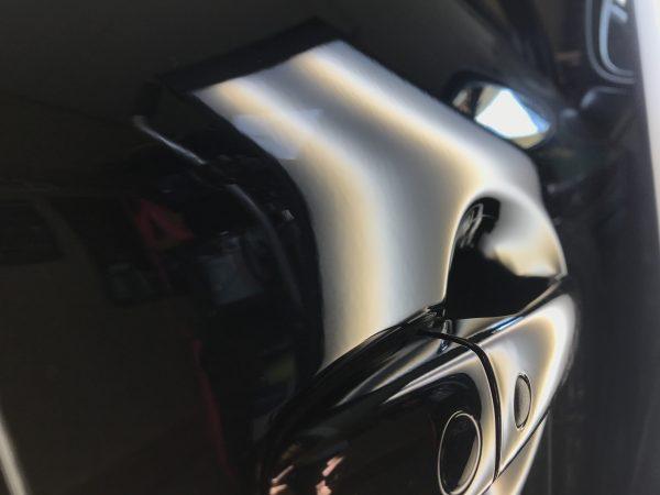 マツダ CX8 運転席のドアに出来た凹みをデントリペアで修復 大阪市内の方からご依頼を頂きました