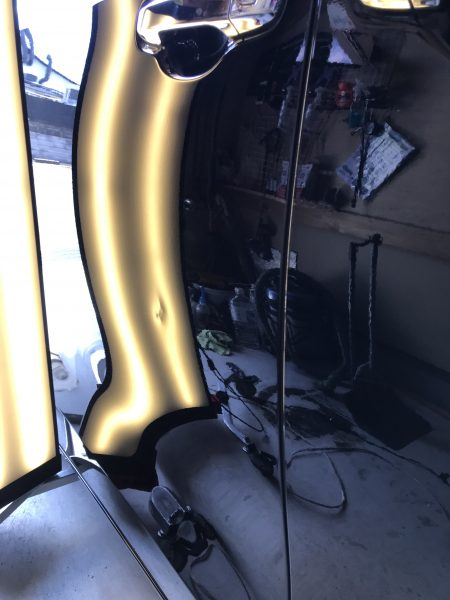 エスクァイア スライドドアに出来た凹みをデントリペア修理 兵庫県三田市の方からのご依頼です!