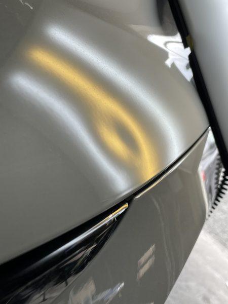 レクサスRX ボンネットフードに出来た凹みをデントリペアで修理 神戸市北区の業者様からのご依頼です!!