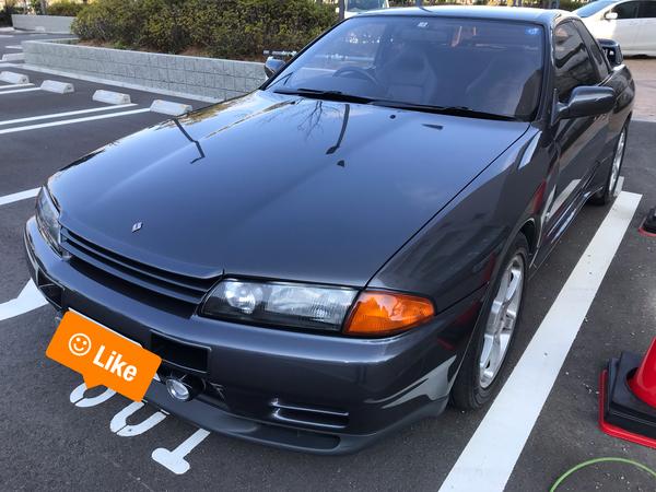R32 スカイライン GT-R ボンネットに出来た膨らみを修復 神戸市西区にお住いの方からのご依頼