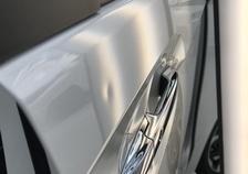 N-BOX 運転席のドアに出来た凹みをデントリペアで修復 神戸市北区の業者様からのご依頼です!!